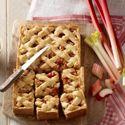 Probeer eens deze lekkere frisse rabarber-appeltaart