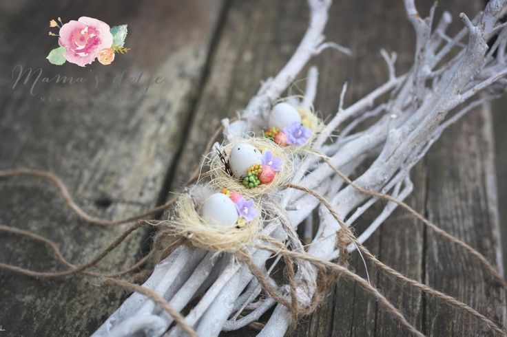 Easter tieback