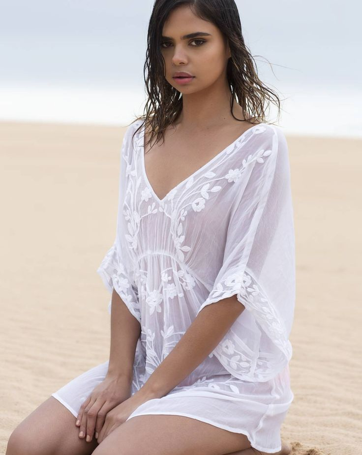 Pretty pieces coming soon from ONE SEASON! Floaty Top now available to preorder online..♡♡ xx #saltwateronline #oneseason #oneseason_official #kaftans #fashion #fashionbloggers #style #styleblogger #instafashion #igdaily #instagood #model @samharris #pretty #saltwatersorrento #sorrento #sorrentocoast #portsea #beachliving #beachstyle #shop #shopping #online #follow