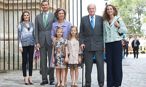 Casa Real Española. Abdicacion del Rey Juan Carlos I - hola.com