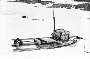 Mawson and Mertz: a re-evaluation of their ill-fated mapping journey during the 1911–1914Australasian Antarctic Expedition | Medical Journal of Australia