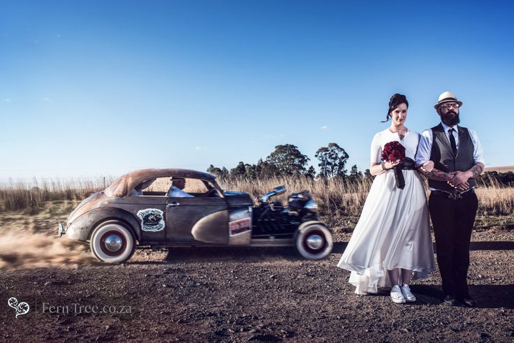 Epic shot taken by Fern Tree here. This rat rot was so much fun to play with at this rockabilly themed wedding.