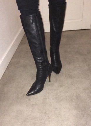À vendre sur #vintedfrance ! http://www.vinted.fr/chaussures-femmes/bottes-and-bottines/26036690-botte-en-cuir-italienne