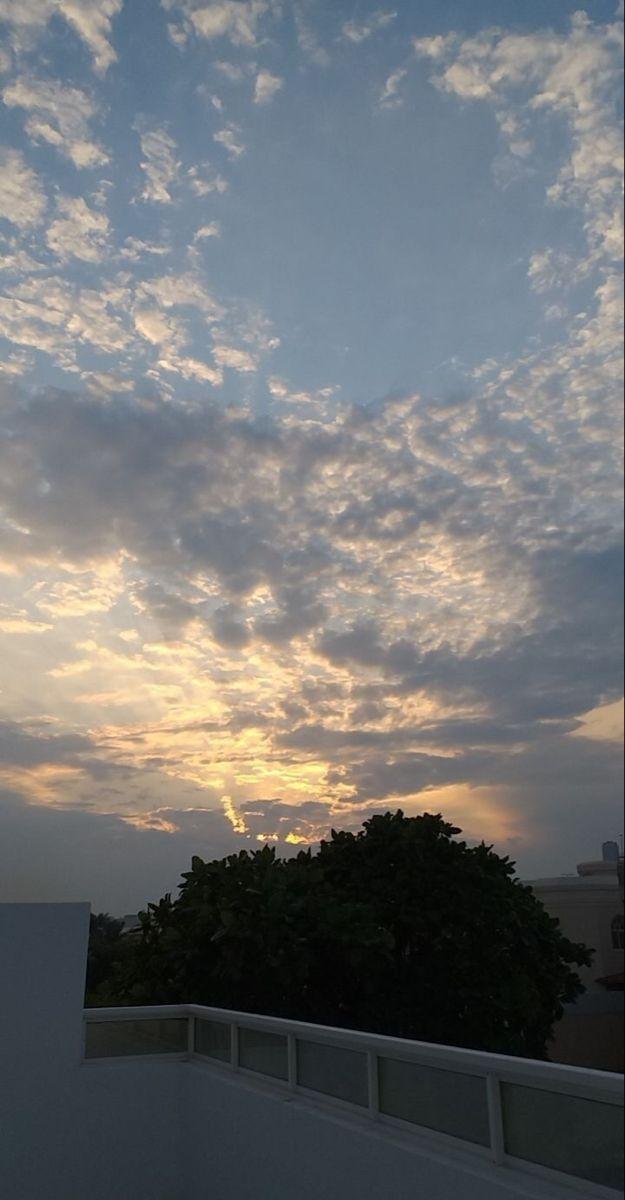 خلفيات تمبلر ايفون جوال بايو هيدرات هيدر خلفية افتارات Diy طبيعيه سوداء اسود Tumblr حلوة خلفيه هاد Sky Aesthetic Sky Photography Sky Photoshop