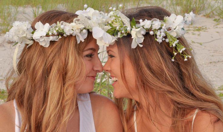 Best Friends #beach photography poses #ideas flower girls with headbands