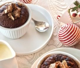 Kit Kat Self Saucing Chocolate Pudding: A delicious chocolatey dessert that everyone will love this Christmas. http://www.bakers-corner.com.au/recipes/kit-kat/kit-kat-self-saucing-chocolate-pudding/