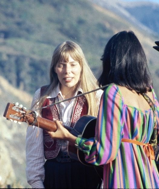 ilovejonimitchell:  Joni Mitchell and Joan Baez, Big Sur, 1968