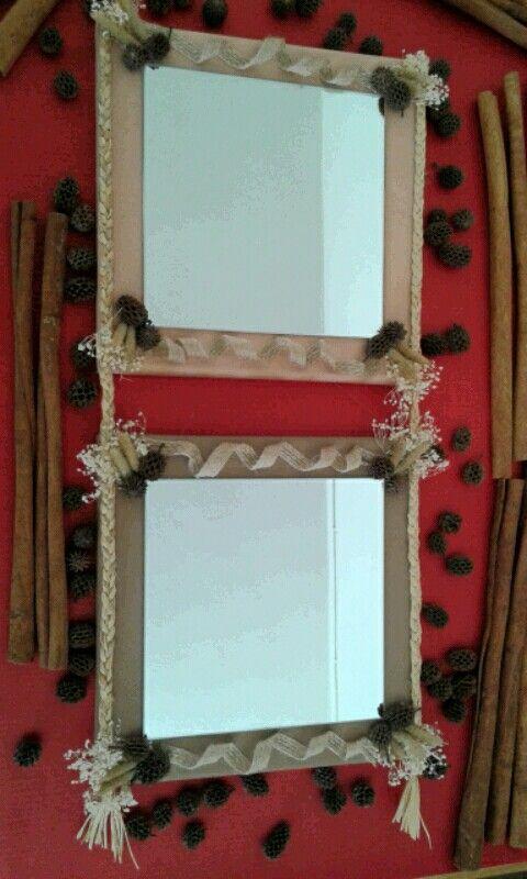 Διπλός καθρέπτης με αποξηραμένα άνθη