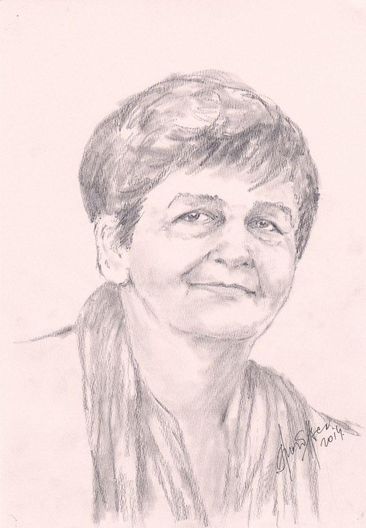 Dr. Gönczöl  Lászlóné  Nelli.