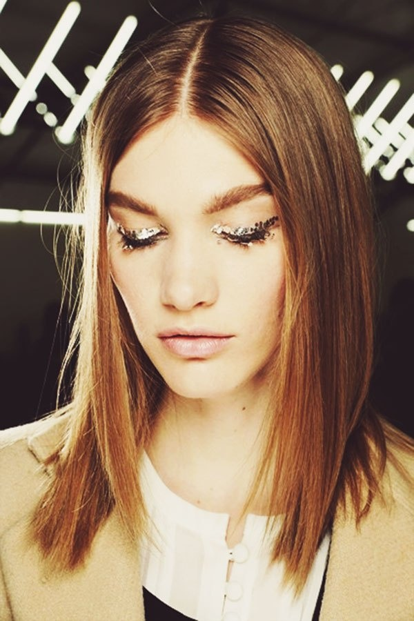 Chanel Fall 2013: gorgeous glittery details. #makeup #eyes
