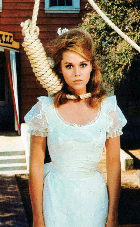 Jane Fonda in Cat Ballou, 1965. This was one of my favorite movies as a child.