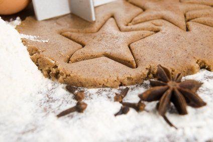 Dieses Rezept darf in der Adventszeit nicht fehlen: Der Anfänger Lebkuchen schmeckt kleinen und großen Naschkatzen.