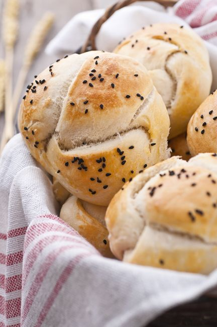 Homemade small bread loaves with nigella seeds | Food ...