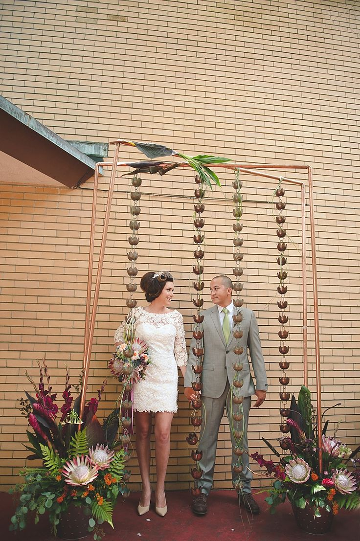 Love this Frank Lloyed Wright inspired wedding!