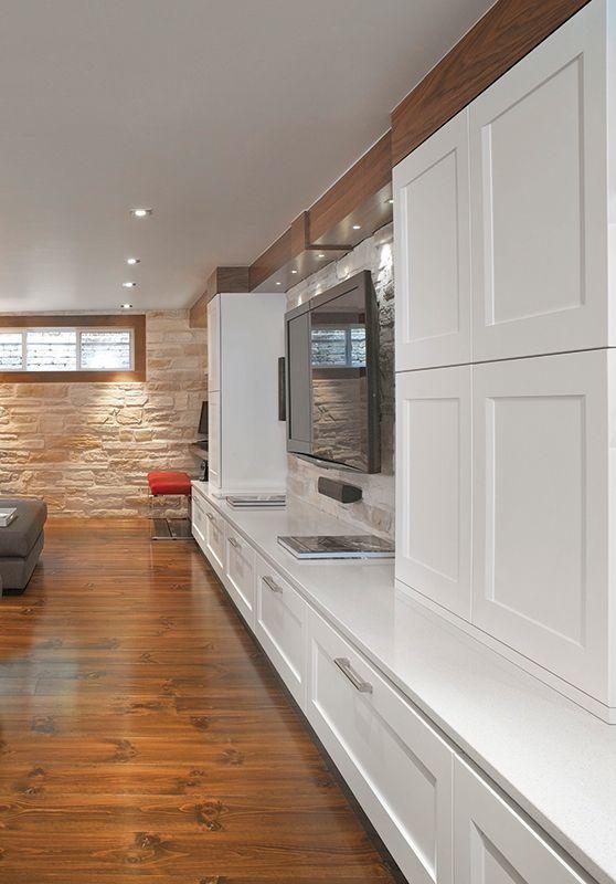 17 meilleures id es propos de bars de sous sol sur pinterest des projets de grange conseils. Black Bedroom Furniture Sets. Home Design Ideas