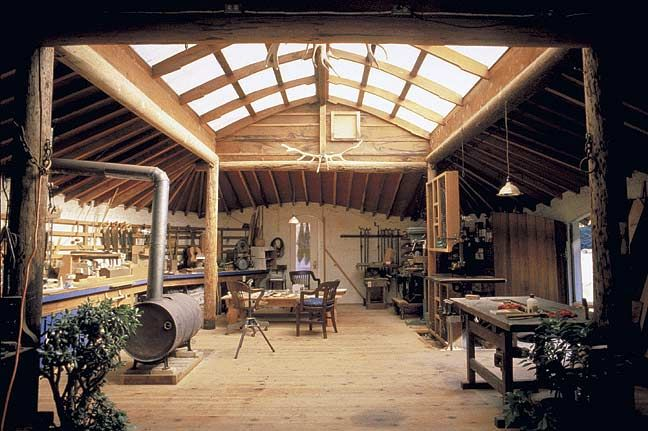 Great idea for a workshop or studio. Nice and bright and open. Would stay warm in the winter with a wood stove or rocket stove.