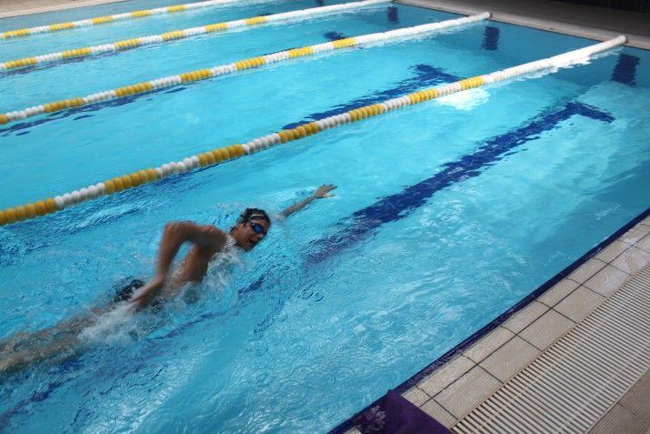 Yüzerken Hızınızı Arttırmak İçin Nefesinizi Geliştirin