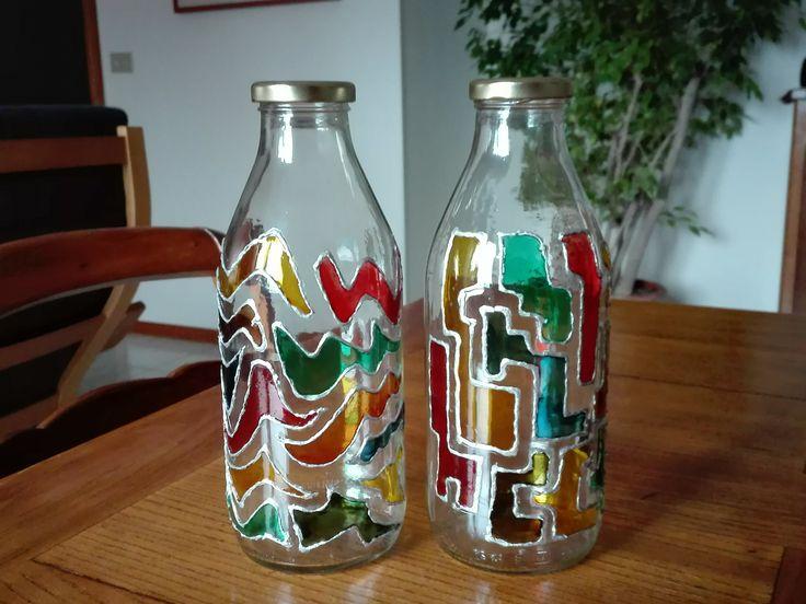 Oltre 25 fantastiche idee su bottiglie decorate su - Bottiglie vetro decorate ...