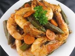 Gourmet Food Lovers: OKRA WITH SHRIMPS FROM CRETE | ΜΠΑΜΙΕΣ ΜΕ ΓΑΡΙΔΕΣ ΑΠΟ ΤΗΝ ΚΡΗΤΗ