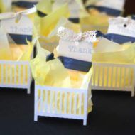 golden-and-white-baby-shower