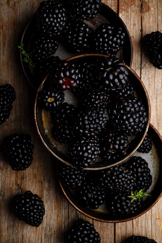 Blackberries by Raquel Carmona