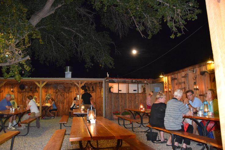 Super barbecue en plein air - Avis de voyageurs sur Cottonwood Steakhouse, Bluff - TripAdvisor