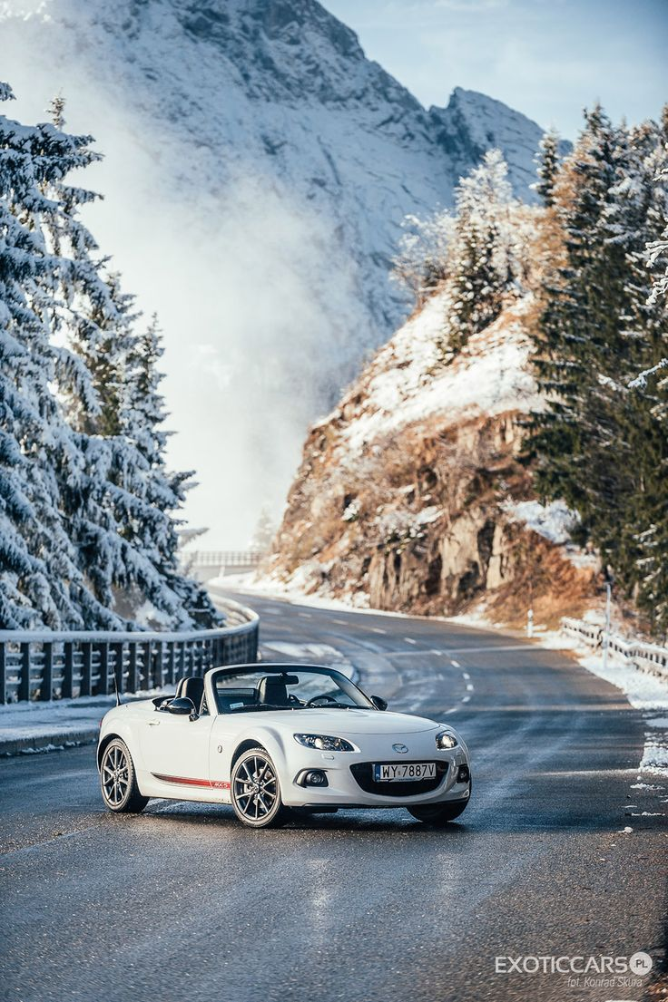 Roadster and winter season? It definitely works! http://exoticcars.pl/testy/mazda-mx-5-zima-w-alpach/