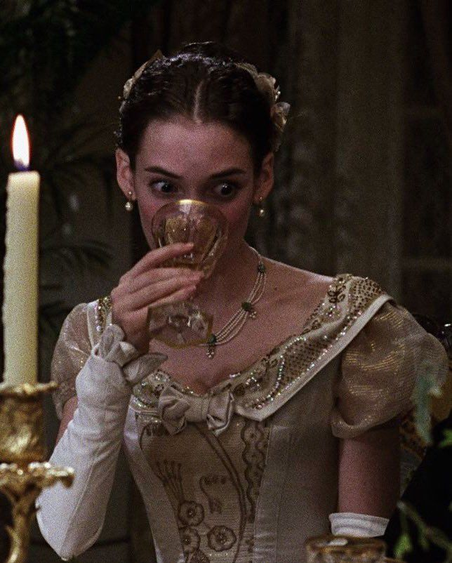 Pin by Petyr LZ on Mina Harker in 2020 | Winona ryder