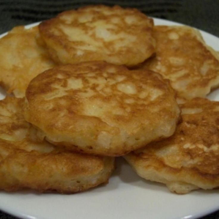 These are delicious onion fritters that I have made many times! This batter would also be great for onion rings! Its so light and crisp! I found this on GroupRecipes and it was posted by a member named Youtoo1955. The photo is my own.