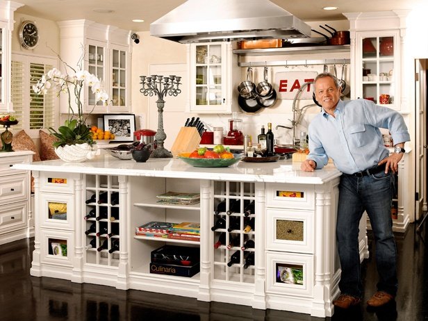 what to put on top of kitchen cabinets for decoration 1000 images about the chef and his kitchen on 2288