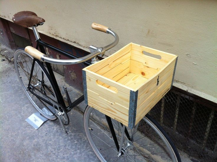 Gothamcargo Hardy natural bicycle basket... Submit your fotos with your own crate at info@gothamcargo.com