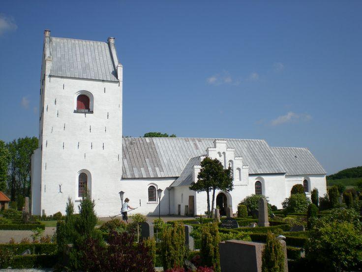 Albæk Kirke, Albæk Church, Dronninglund, Denmark. Photo: Kurt Thorleif Jensen.