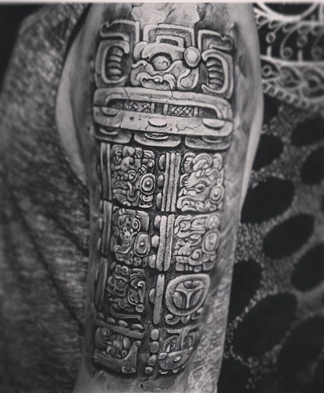 the 25 best ideas about mayan tattoos on pinterest latin text azteca tattoo and aztec art. Black Bedroom Furniture Sets. Home Design Ideas