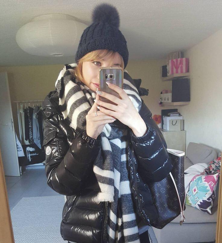 Raus in die Kälte ❄❄ #winterzeitistkuschelzeit #kalteswetter #girl #me #outfit #landau #karlsruhe #city #moncler #outfitoftheday #happy #lovely #louisvuitton #followme #life #stadt #shopping #photooftheday