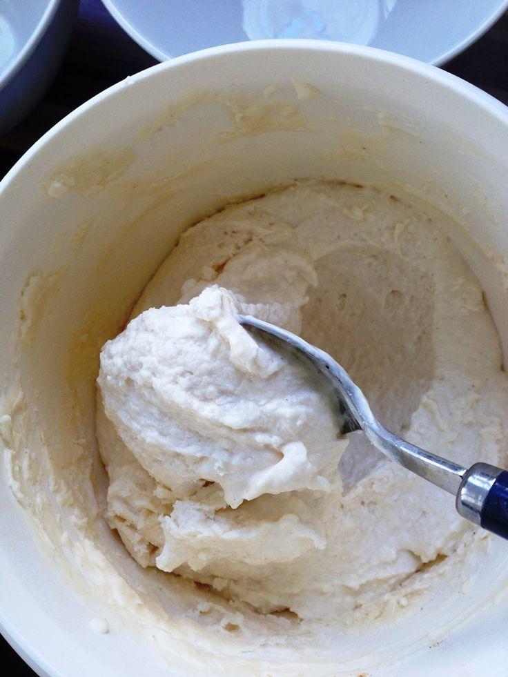 Frozen Joghurt selber machen Rezept. Einfaches Low Carb Rezept.