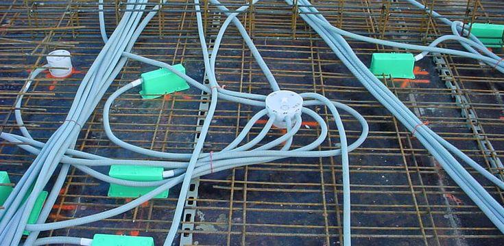 Prix d'une pieuvre électrique : http://www.maisonentravaux.fr/electricite/installation-electrique/prix-pieuvre-electrique/