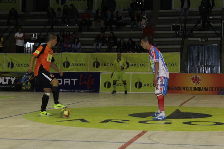 Con un rotundo 7-4, #CóndorSportLife acabó con la buena racha e invicto que tenía hasta la quinta fecha #DeportivoLyon.
