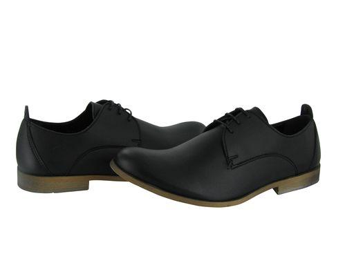 Tom Shoe in Black