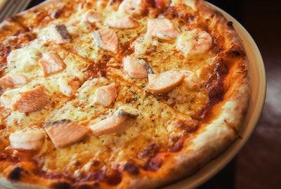 Pizza de salmó! Receptes fàcils per fer amb nens! #sortirambnens