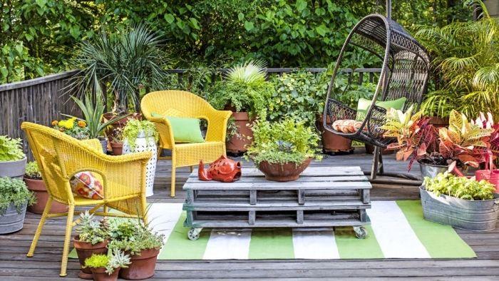 25 beste idee n over terrasse en palette op pinterest for Terrasse jardin palette