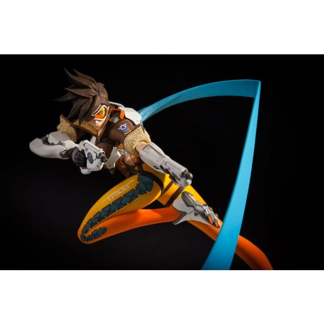 Blizzard Collectibles Overwatch Tracer Statue - Statue Forum