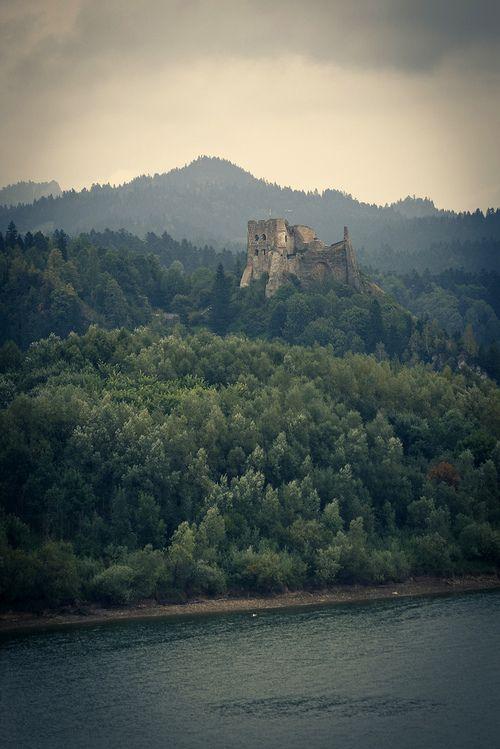 Ruins of Czorsztyn Castle - Poland