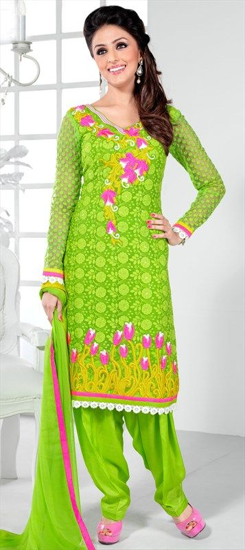 403641: Salwar-kameez modeled by Bollywood actress Aarti Chhabria #AartiChabria