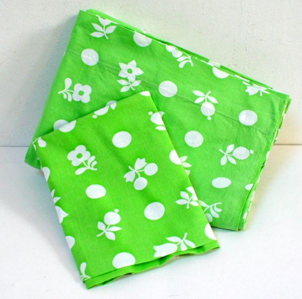 Parure lit bébé vert pomme www.lamerelipopette.com