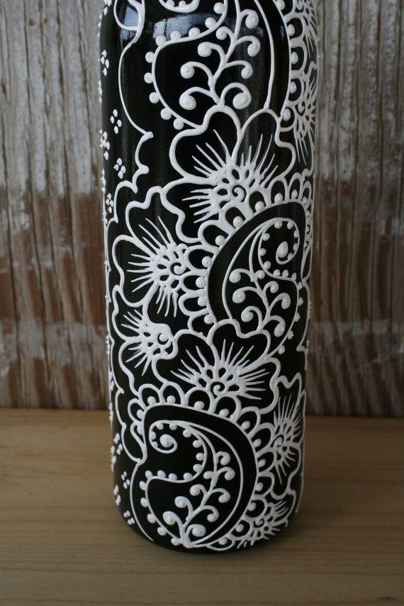 Hand Painted Wine bottle Olive Oil Pourer Jet Black от LucentJane
