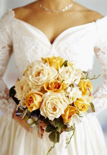 Bukiety ślubne z herbacianych róż - Bukiety ślubne z róż - GALERIA ZDJĘĆ