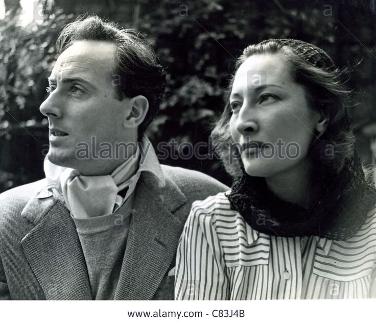 Stock Photo - MICHAEL WILDING (1912-1979) UK film actor with first wife Kay Young in 1939