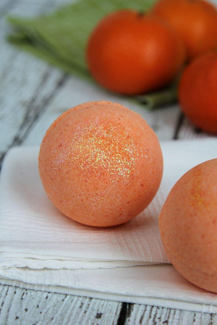 The best tutorials for DIY BATH BOMBS - Big Orange Crush Bath Bombs