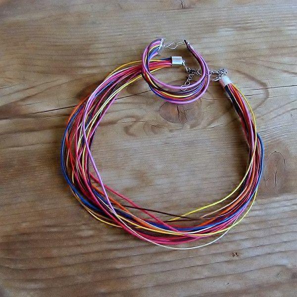 Multicolor: komplet naszyjnik i bransoletka - Feminine - Biżuteria posrebrzana