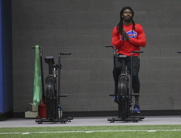 Bills decline fifth-year option on Sammy Watkins, making him free agent after season